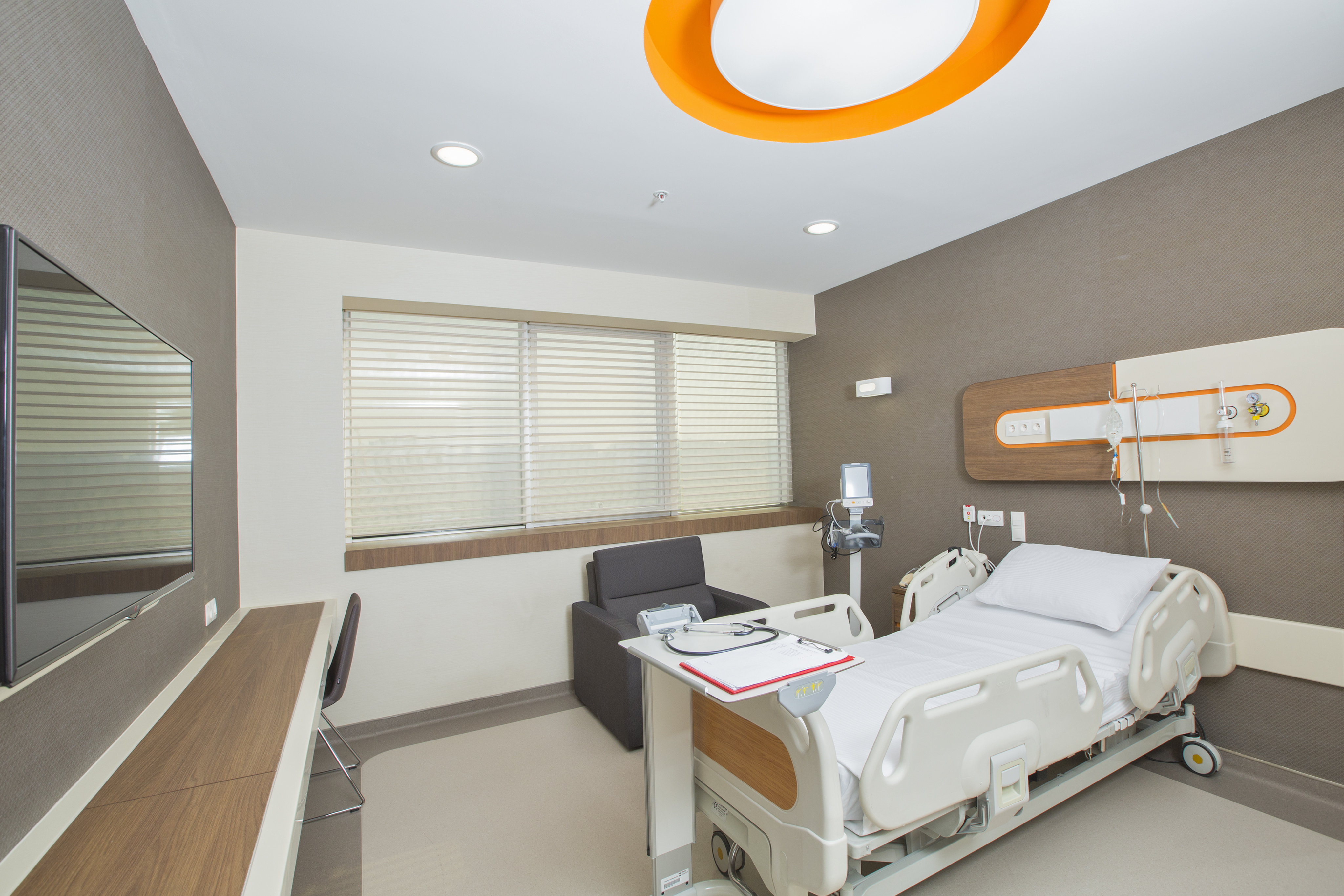 patient-rooms-and-suites-1.jpg